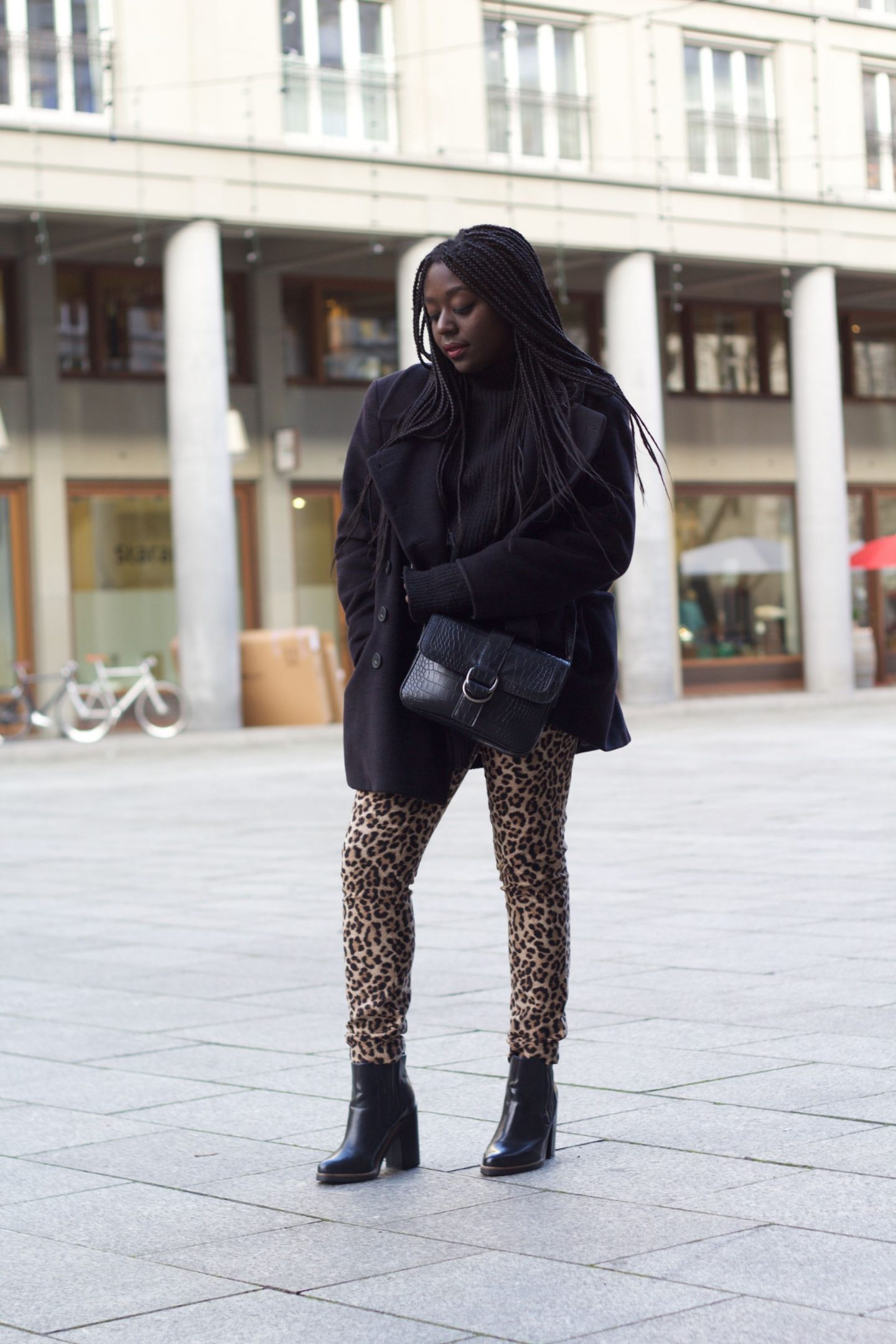 lois opoku leo pants winter streetstyle fashion blog