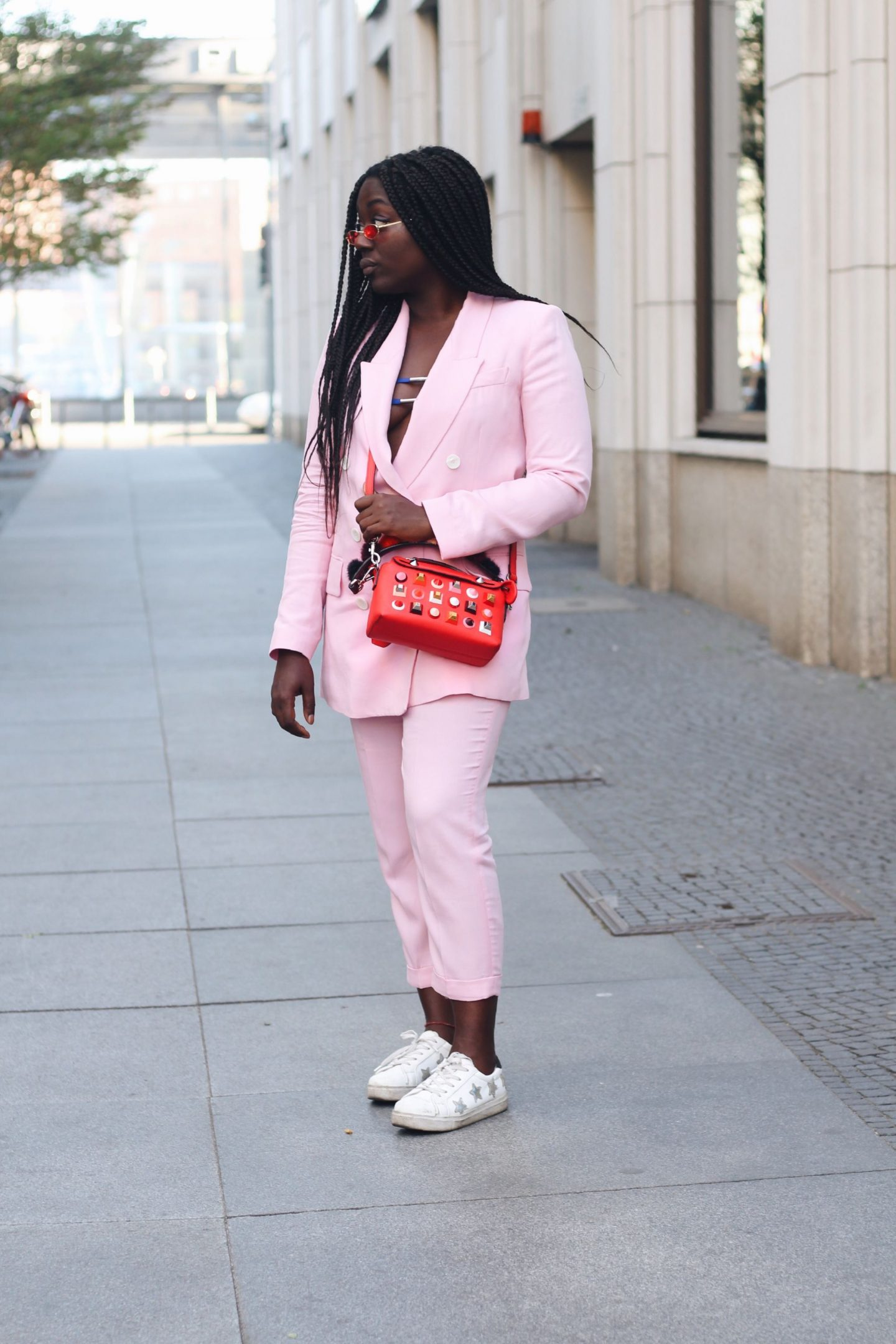 Lois_Opoku_pink_suit_fendi_by_the_way_bag_fasion_week_street_style_lisforlois_6