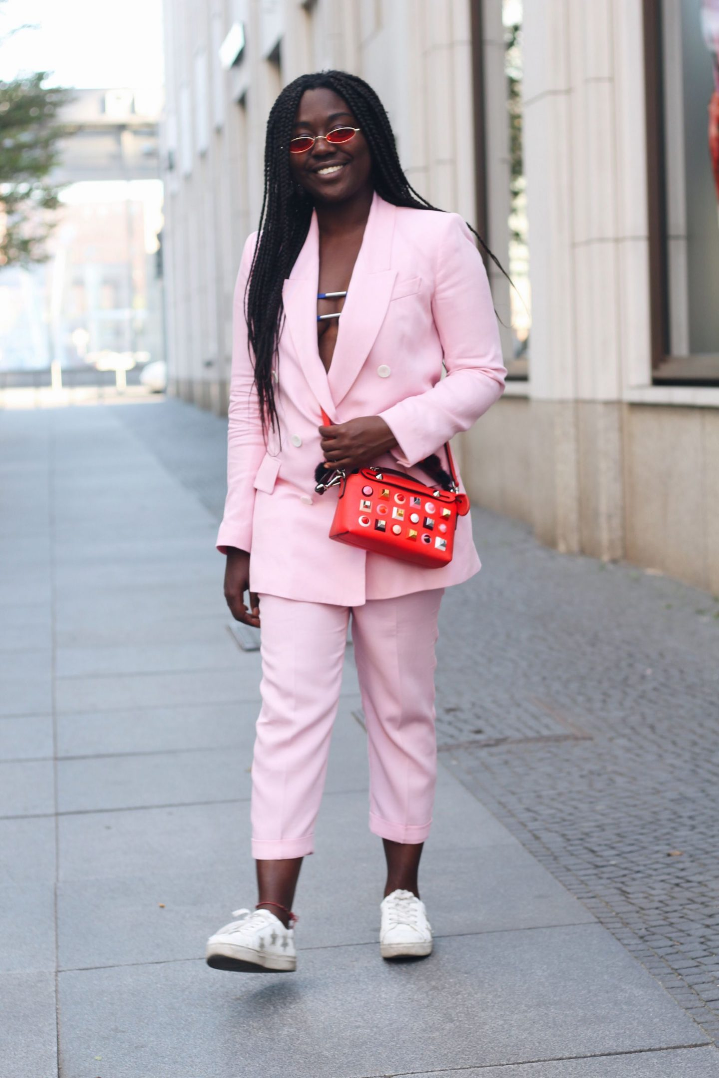 Lois_Opoku_pink_suit_fendi_by_the_way_bag_fasion_week_street_style_lisforlois_7