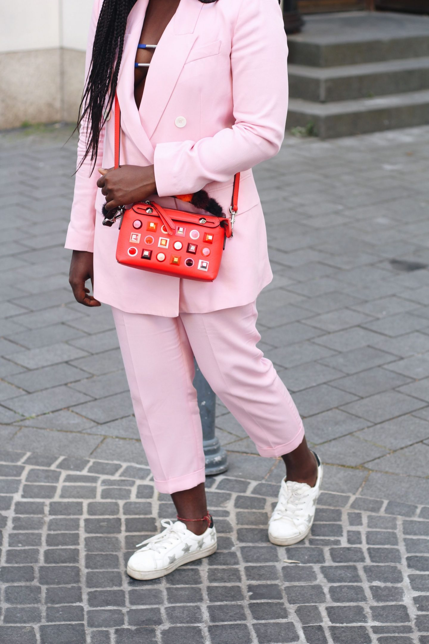 pink_suit_fendi_by_the_way_bag_fasion_week_street_style_lisforlois