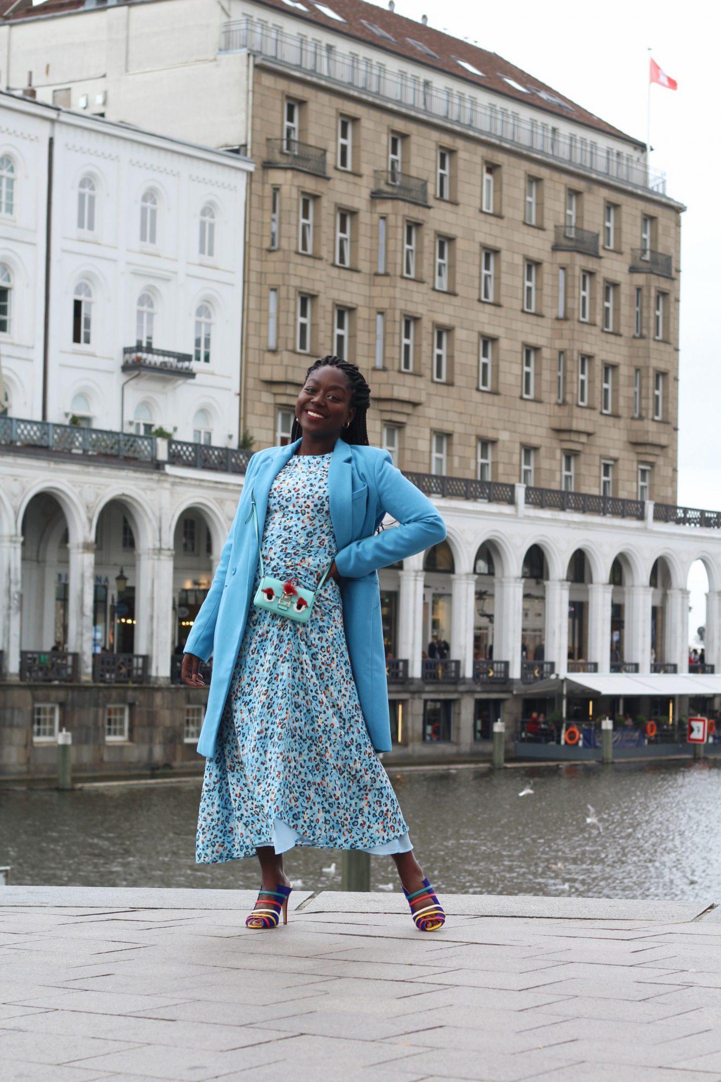 Lala_Berlin_Streetstyle_Lois_Opoku_Fashion_Blogger_Fendi_Monster_