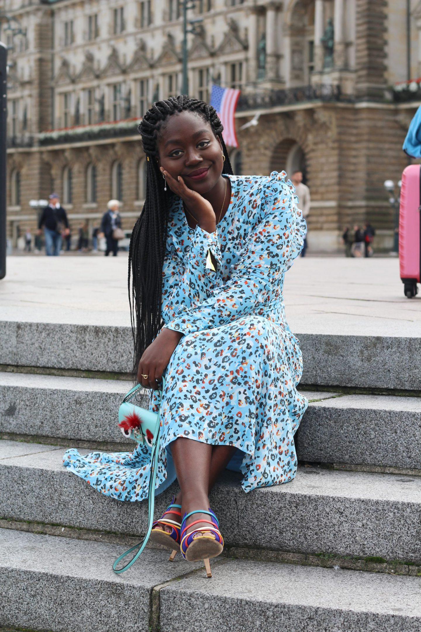 Lala_Berlin_Streetstyle_Lois_Opoku_Fashion_Blogger_Fendi_Monster_Malone_Souliers_lisforlois_10