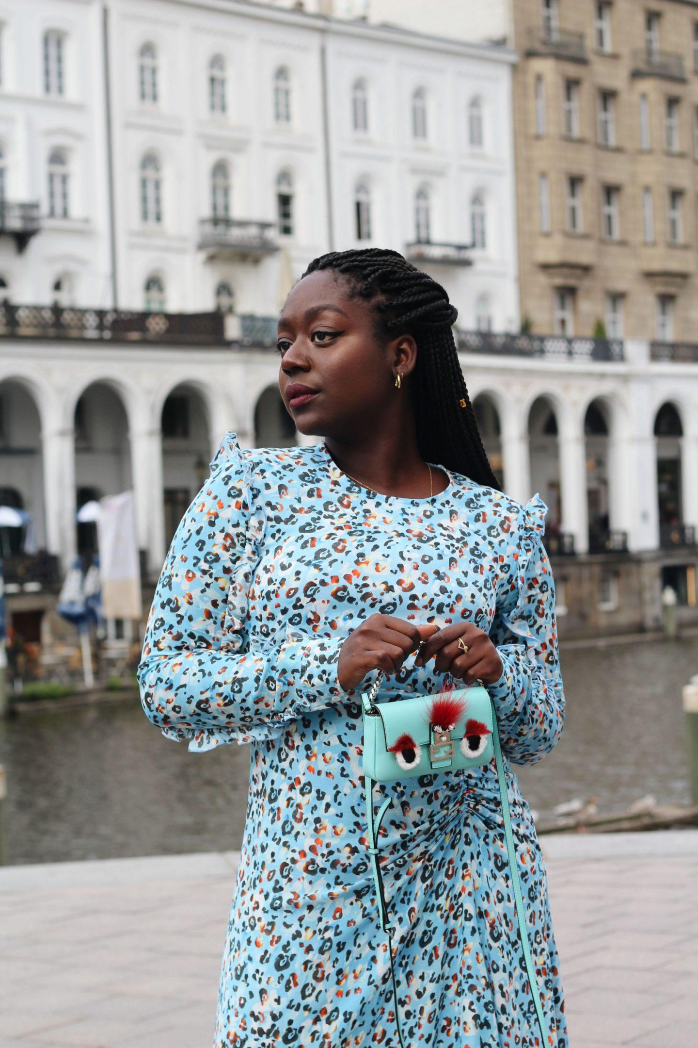 Lala_Berlin_Streetstyle_Lois_Opoku_Fashion_Blogger_Fendi_Monster_Malone_Souliers_lisforlois_3