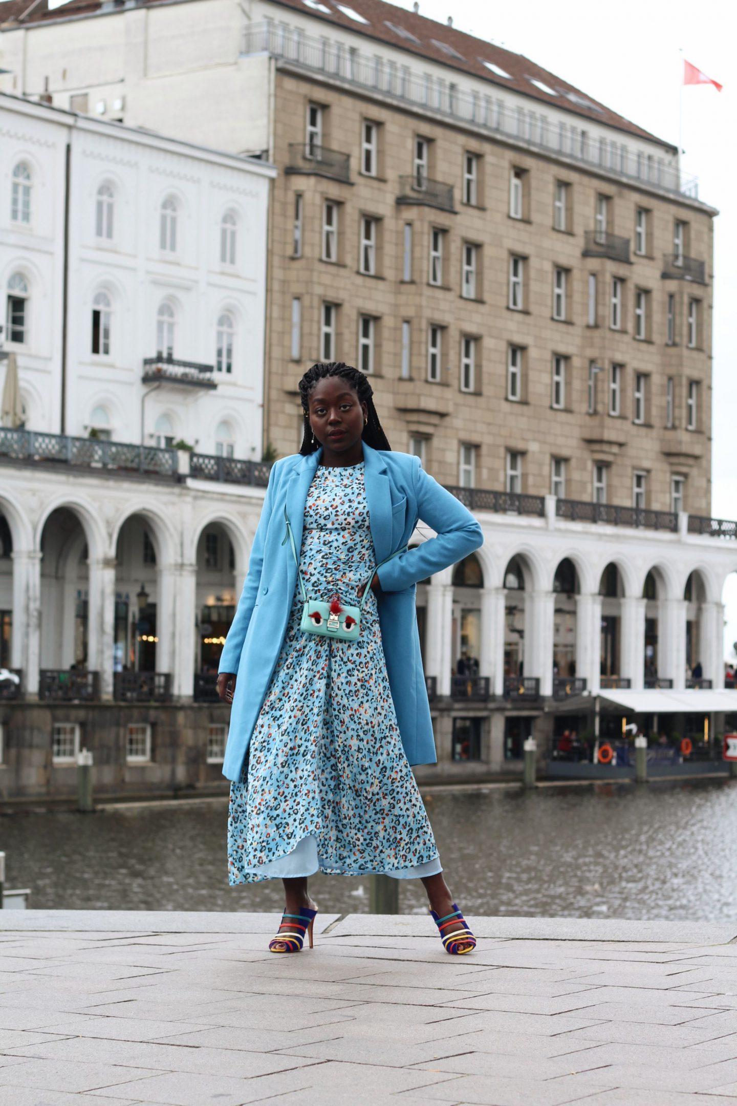 Lala_Berlin_Streetstyle_Lois_Opoku_Fashion_Blogger_Fendi_Monster_Malone_Souliers_lisforlois_5