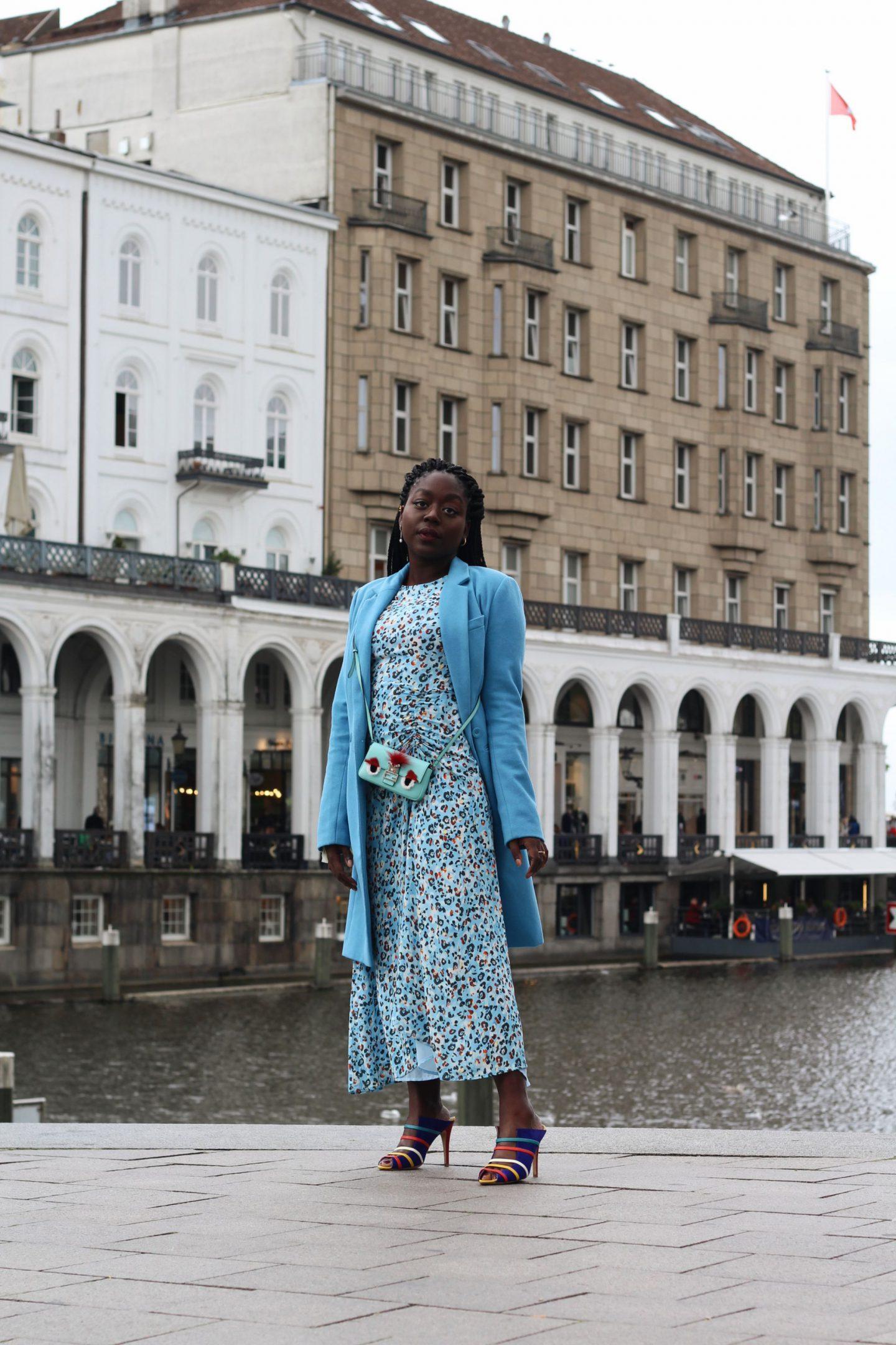Lala_Berlin_Streetstyle_Lois_Opoku_Fashion_Blogger_Fendi_Monster_Malone_Souliers_lisforlois_7