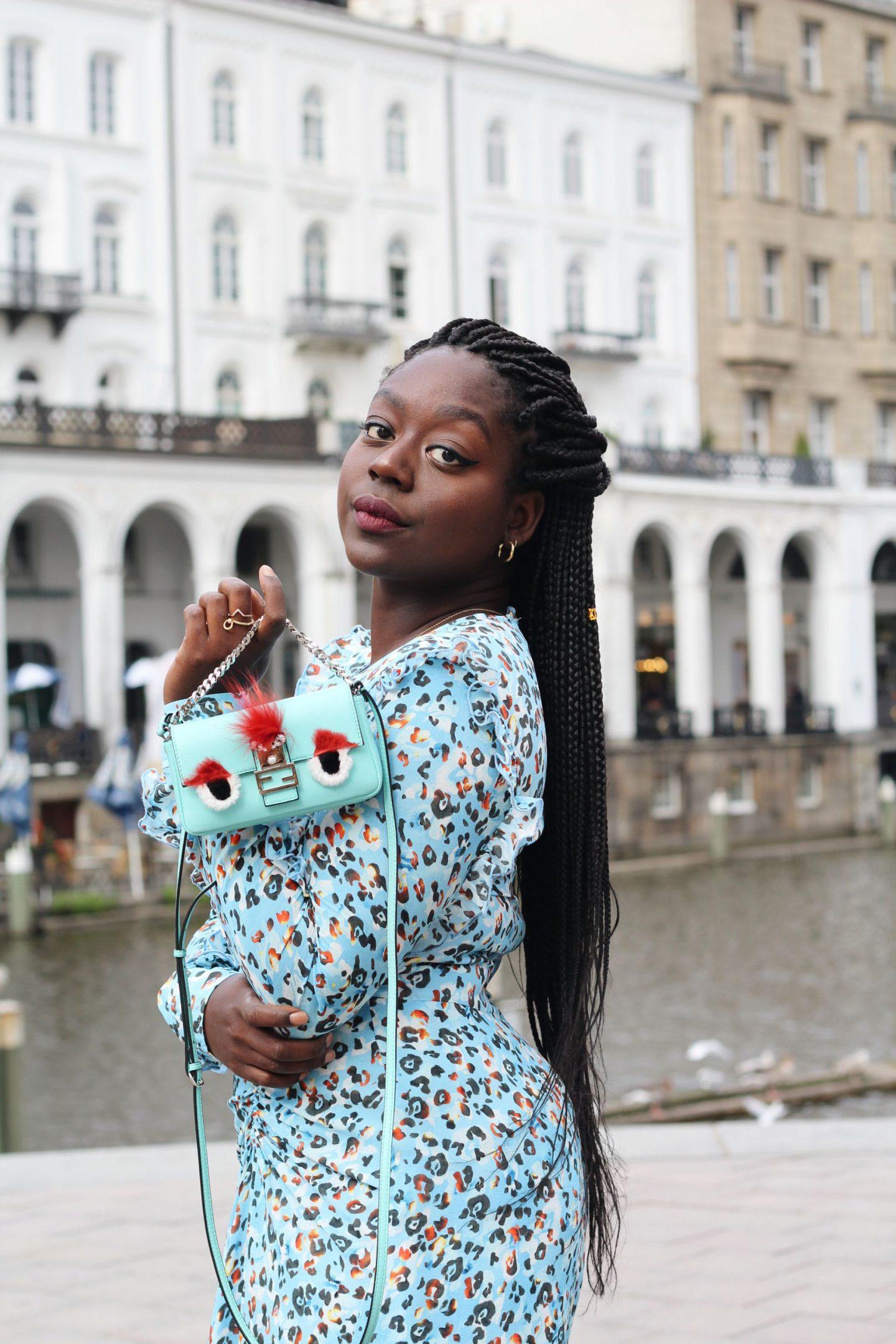 Lala_Berlin_Streetstyle_Lois_Opoku_Fashion_Blogger_Fendi_Monster_lisforlois_3
