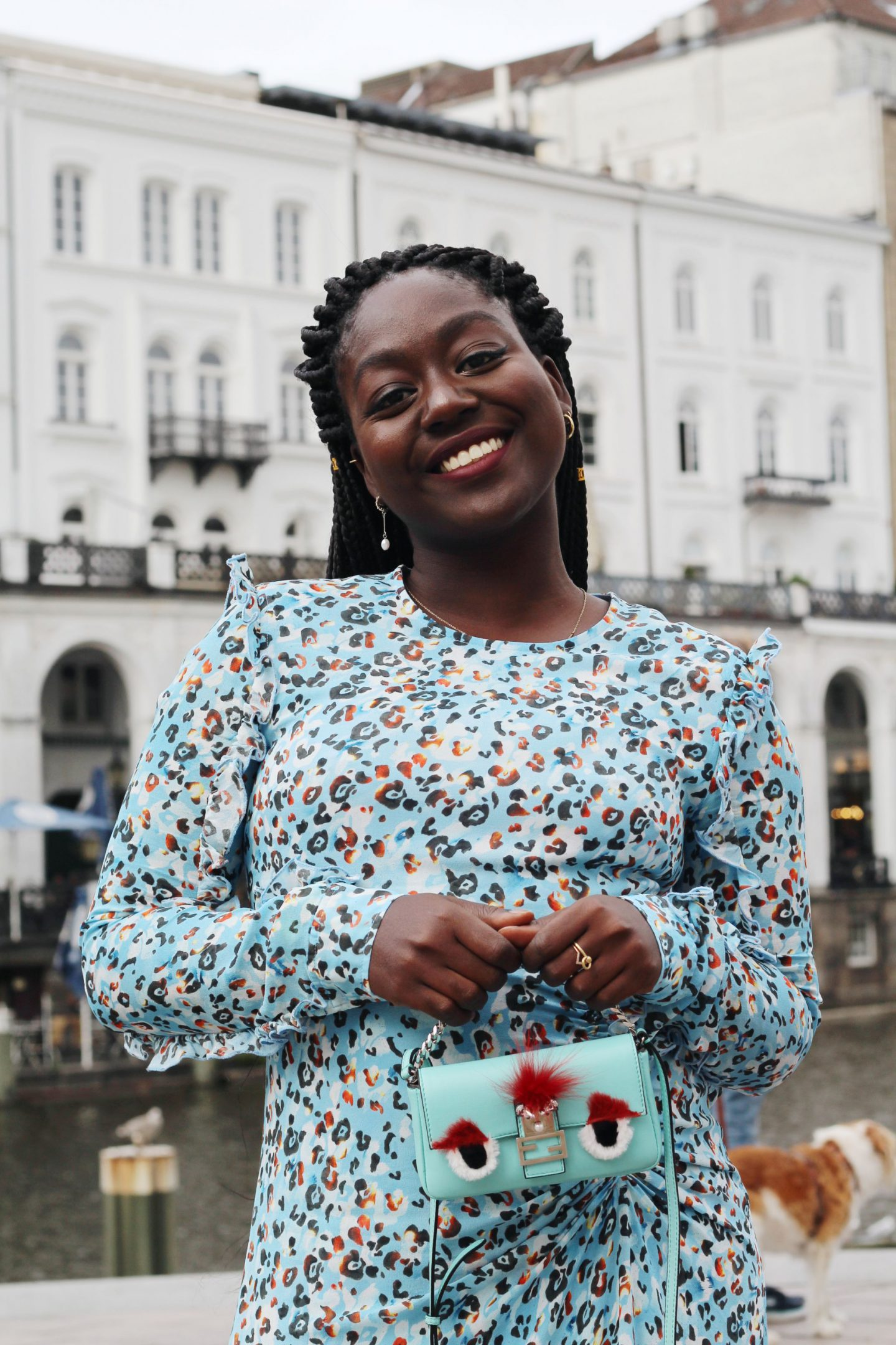 Lala_Berlin_Streetstyle_Lois_Opoku_Fashion_Blogger_Fendi_Monster_lisforlois_5