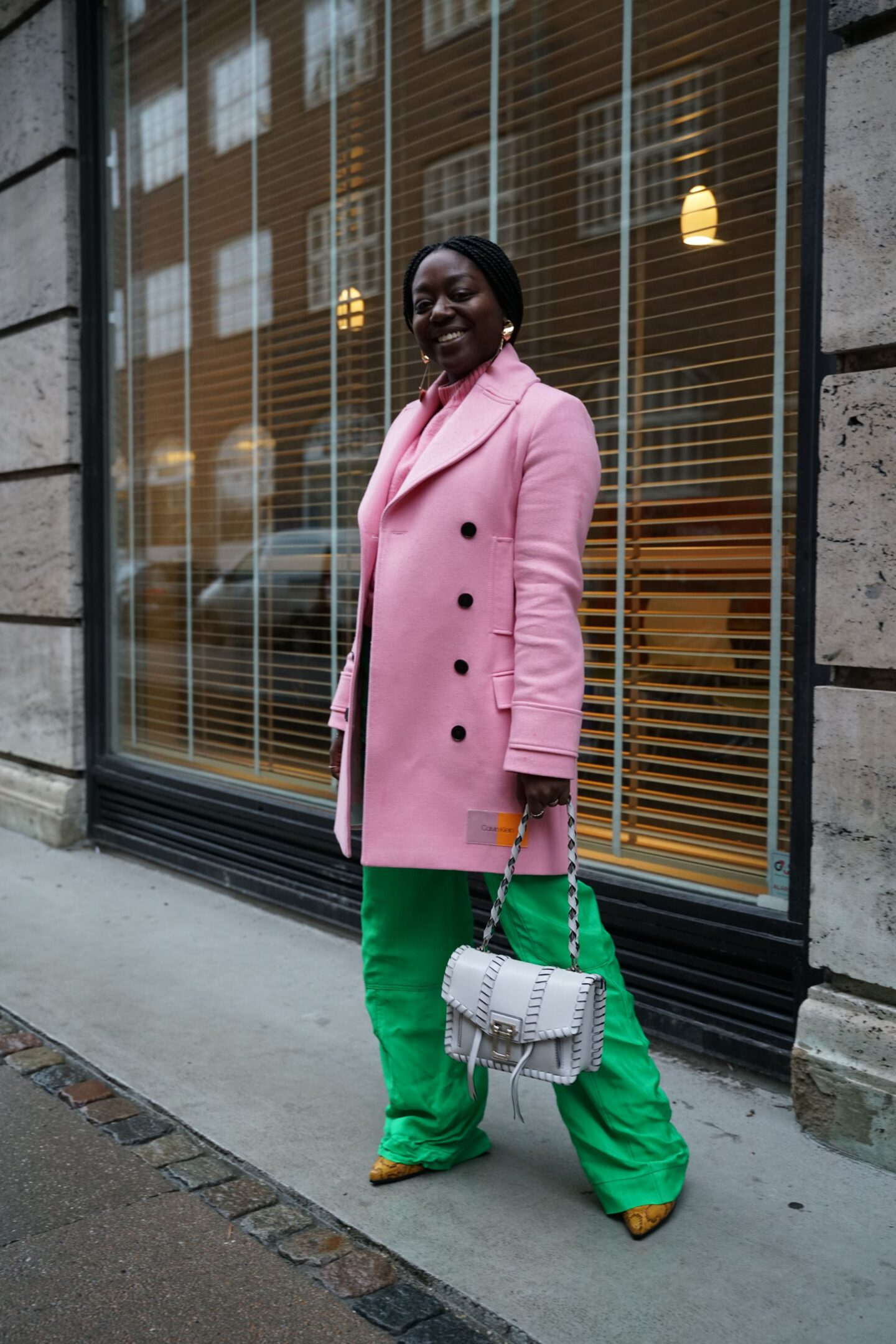 pink green outfit Street style fashion